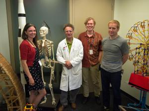 Des membres de l'équipe du Centre des sciences de l'Ontario qui ont travaillé sur la première séance Connected North : (G à D) Liona Davies, Russell Zeid, Martin Fischer et Dmytro Sochnyev.